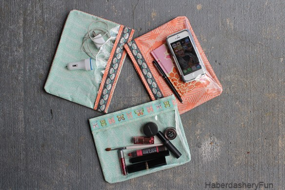 These tiny vinyl pouches by Haberdashery Fun are great for storing small items like make-up or keys and the perfect size for dropping in your purse for safe keeping. -Sewtorial