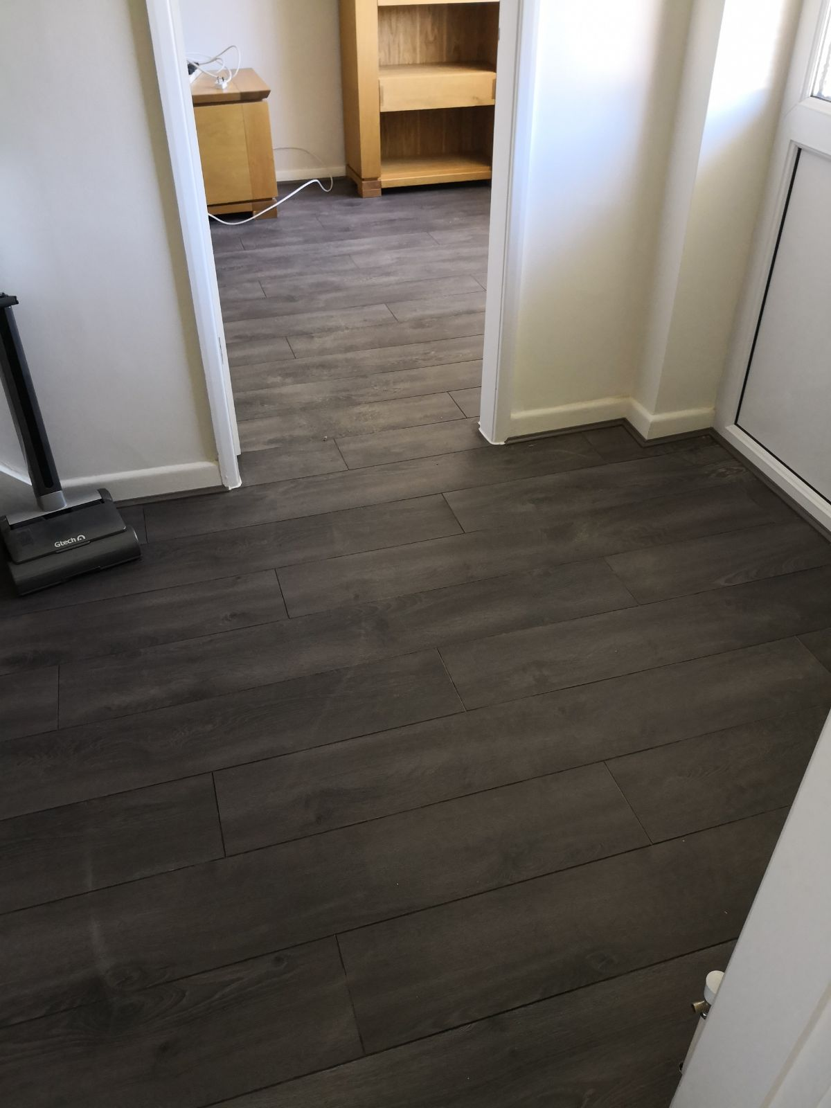 Laminat Shop Living Room Hall Laminate Flooring Installation The Carpet Shop