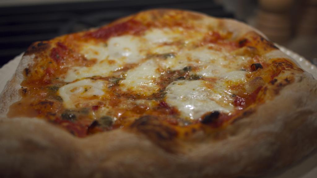 """Pizza - """"Real Pizza Napolitana"""""""