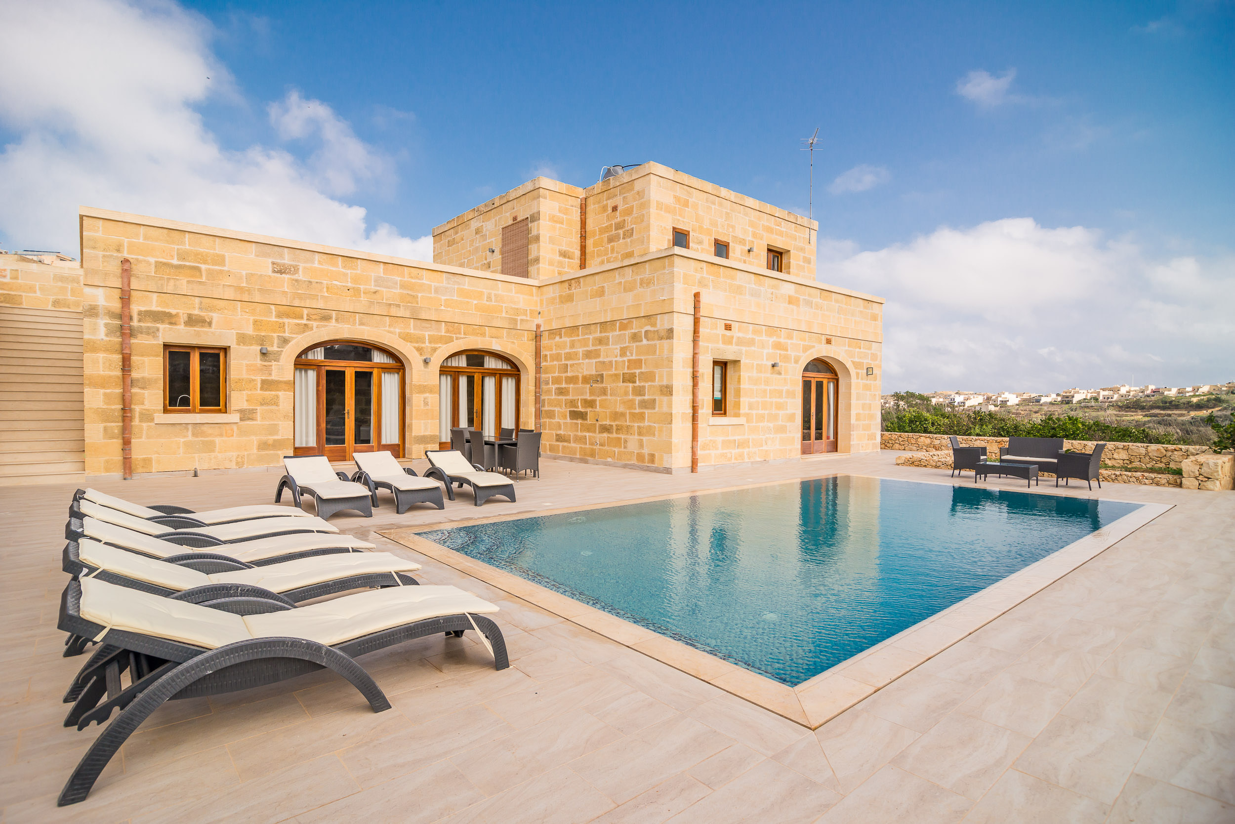 Gozo Luxury Farmhouses Gozo Holiday Homes Gozo Farmhouses Villas And Apartments