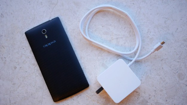 OPPO-FIND-7-FAST-CHARGING-AA-710x399