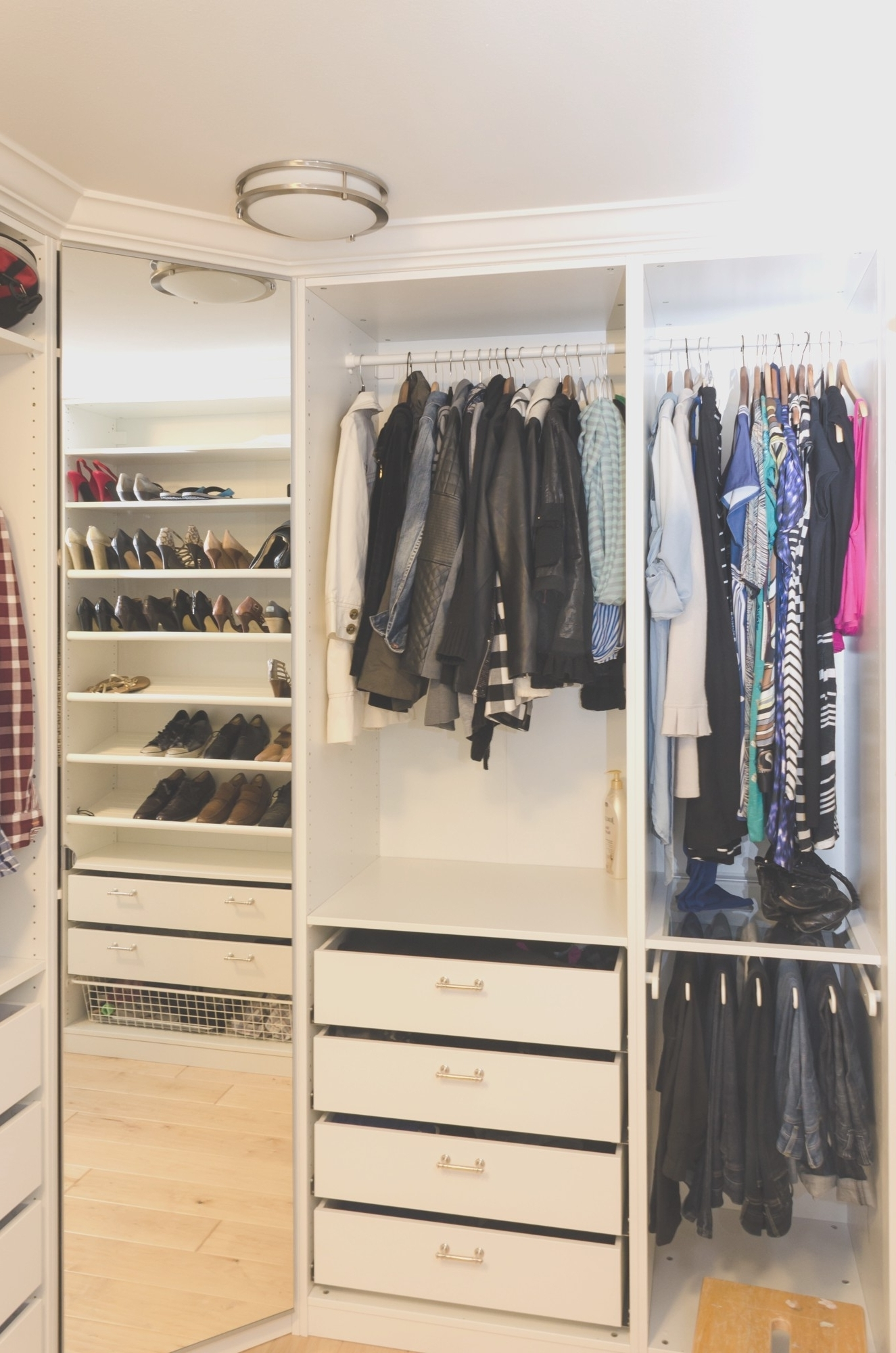 Wardrobes For Small Rooms The Best Small Corner Wardrobes