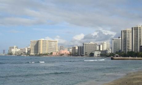 DSC07796 640x387 Waikiki Beach Oahu Hawaii Welcomes You