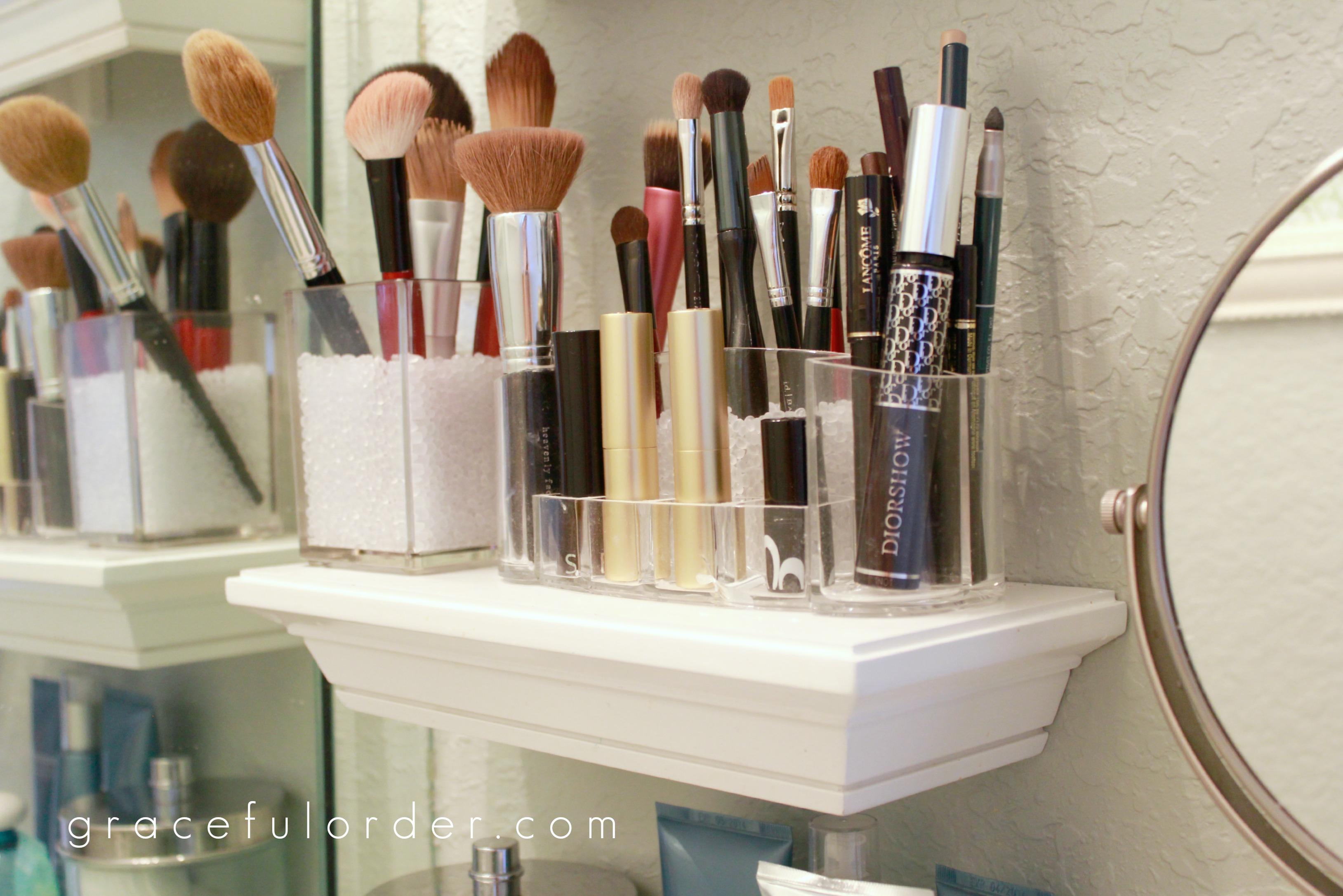 Organizing Small Bathroom Sinks