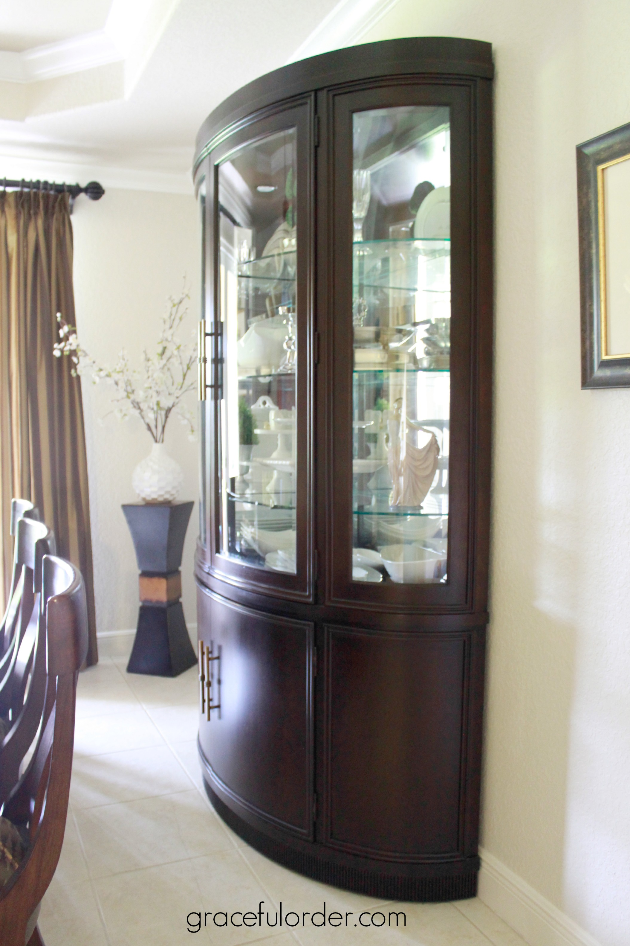 Decorating A China Cabinet Hutch