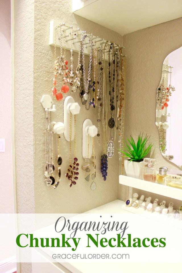 Organizing Chunky Necklaces