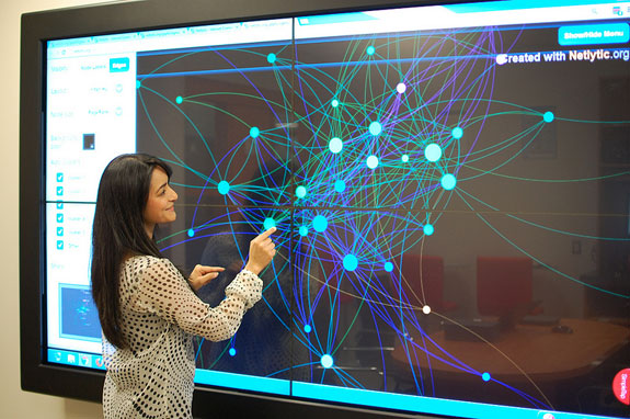Canada\u0027s first social media research lab opens at Dalhousie