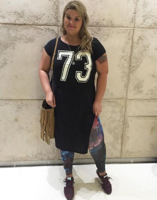 como usar camiseta com fenda 3 - grandes mulheres