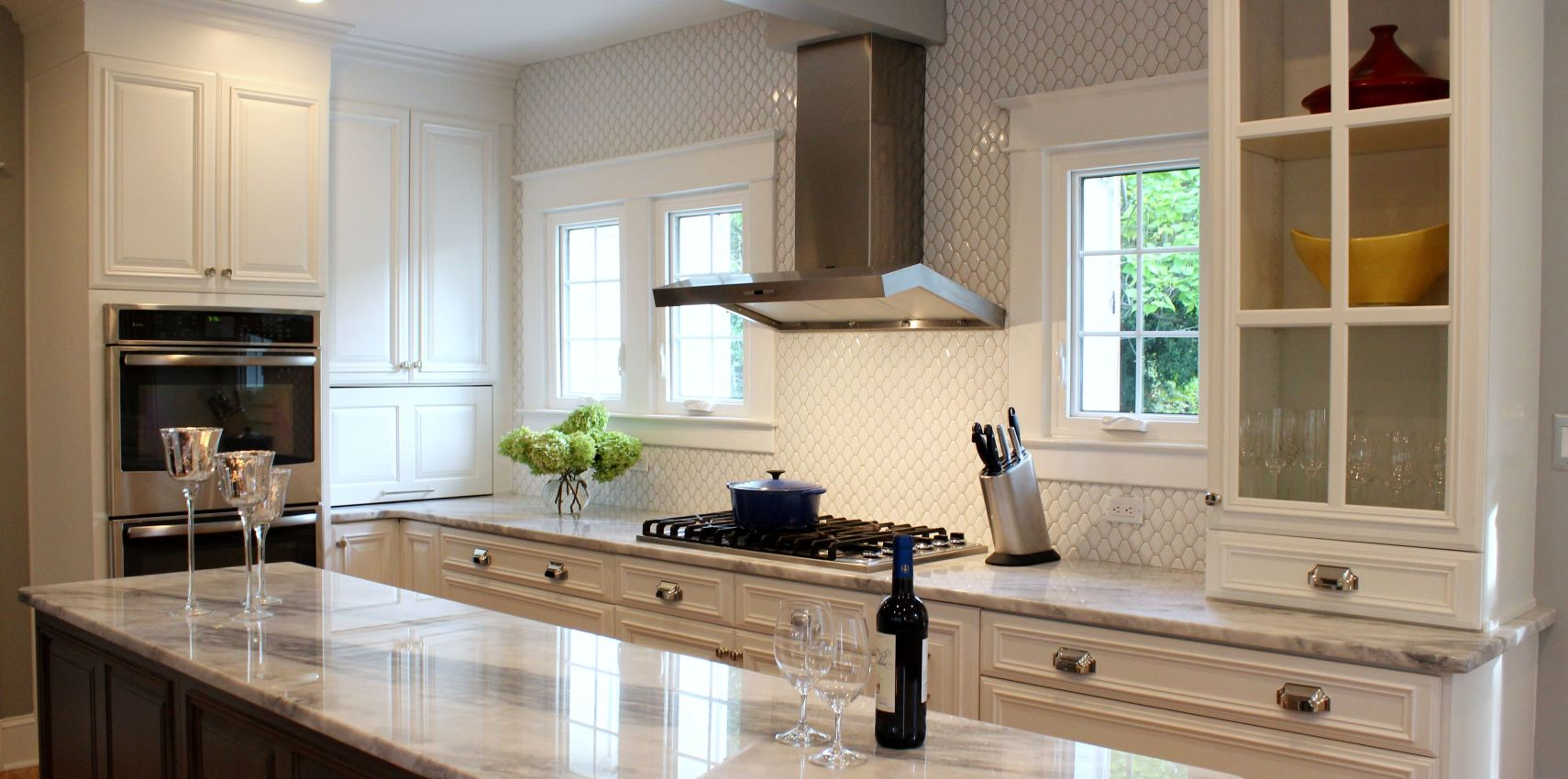 Should Kitchen Cabinets Go Up To Ceiling Get A To Die For Kitchen Without Killing Your Budget