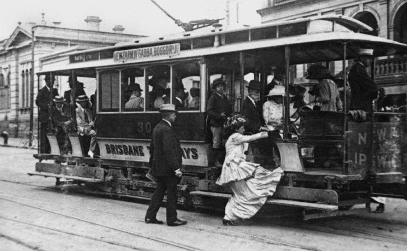 Американские журналисты проверили, уступают ли место женщинам в транспорте