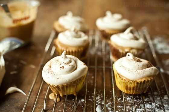 Cinnamon Roll Cupcakes :: Granola Girl bakes 14
