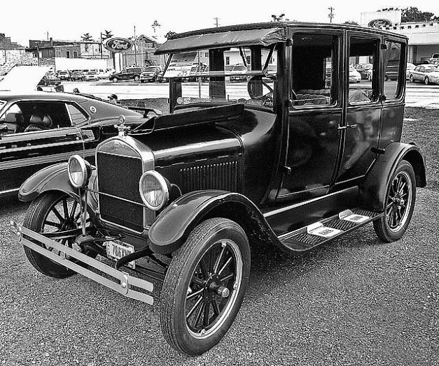 1926 Model T Ford CC BY Don O'Brien