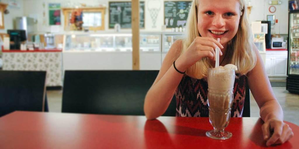 Gran-Val Scoop Ice Cream Drinks