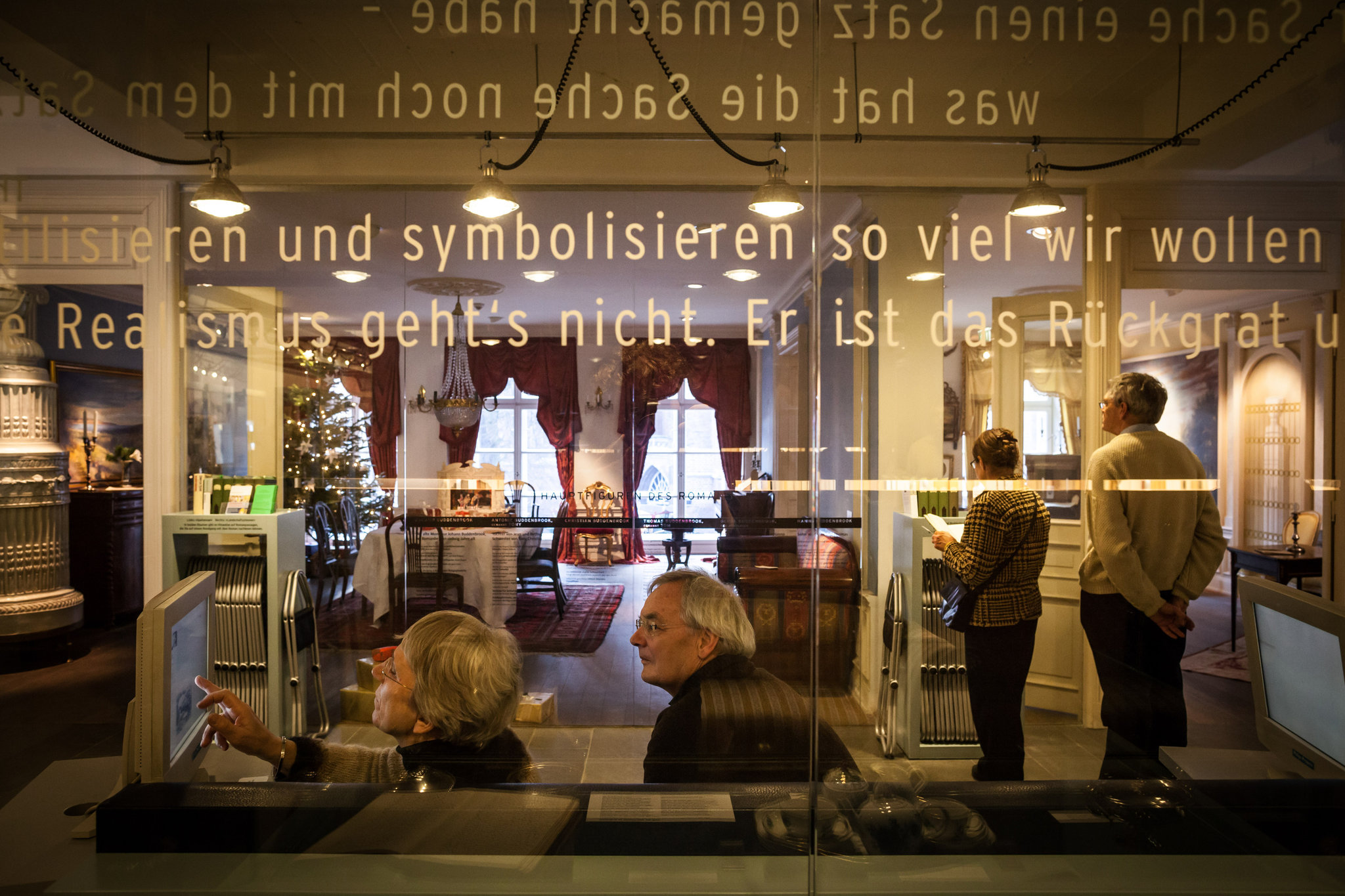New Yorker Lübeck Museum Seeks To Update Thomas Mann For Age Of Texting