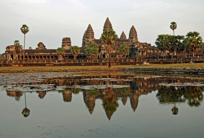 Angkor Wat (Photo by Dennis Jarvis on Flickr)