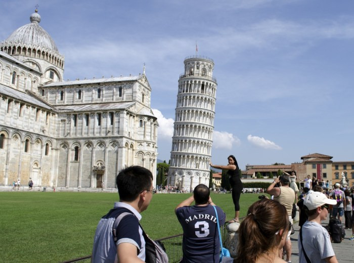 Leaning Tower of Pisa (Photo: John Fowler on Flickr)