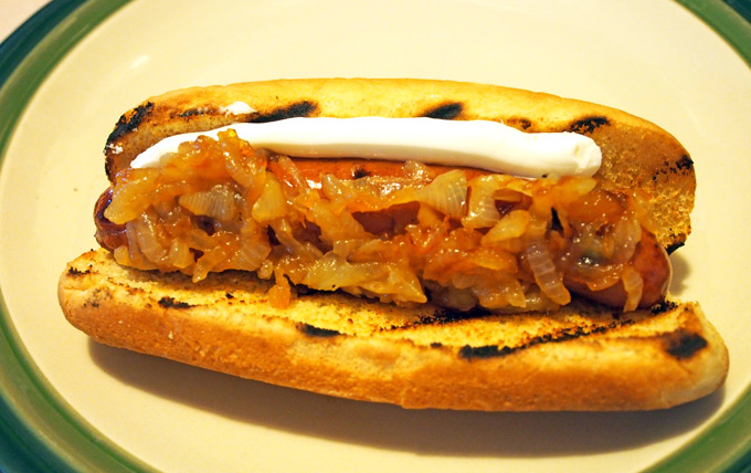 What Restaurant Sells Beef Hot Dogs