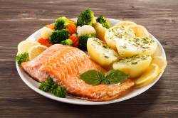 Glomorous Broiled Salmon Steaks Eastern Sun Salmon Steak Recipe Ideas Salmon Steak Recipe Cast Iron Skillet
