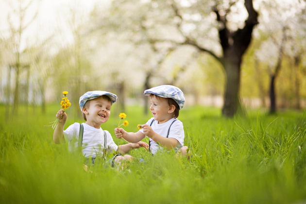 Alone Cute Baby Wallpaper Cute Photographs Of Just New Born Babies And Cute Children