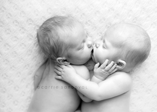 Cute Twin Boy And Girl Wallpapers Cute Twin Babies Photos Great Inspire