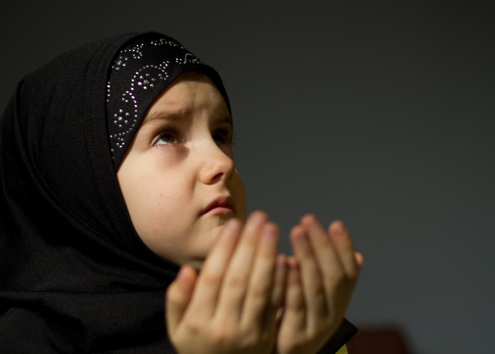 Muslim Girl Namaz Wallpaper Ramadan Greetings And Wallpapers Great Inspire