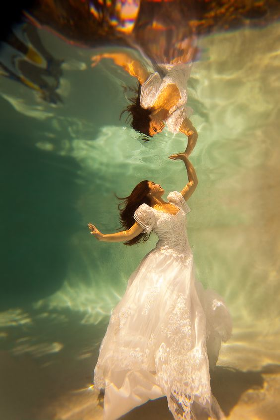 Fire And Water Hd Wallpapers Beautiful Underwater Fashion Photography Great Inspire