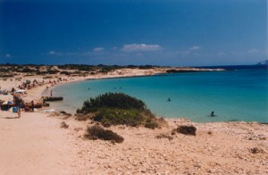 overview of Italidas beach in Koufonissi