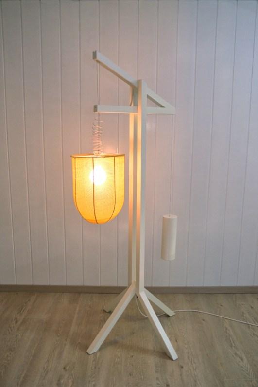 Lampe groß an