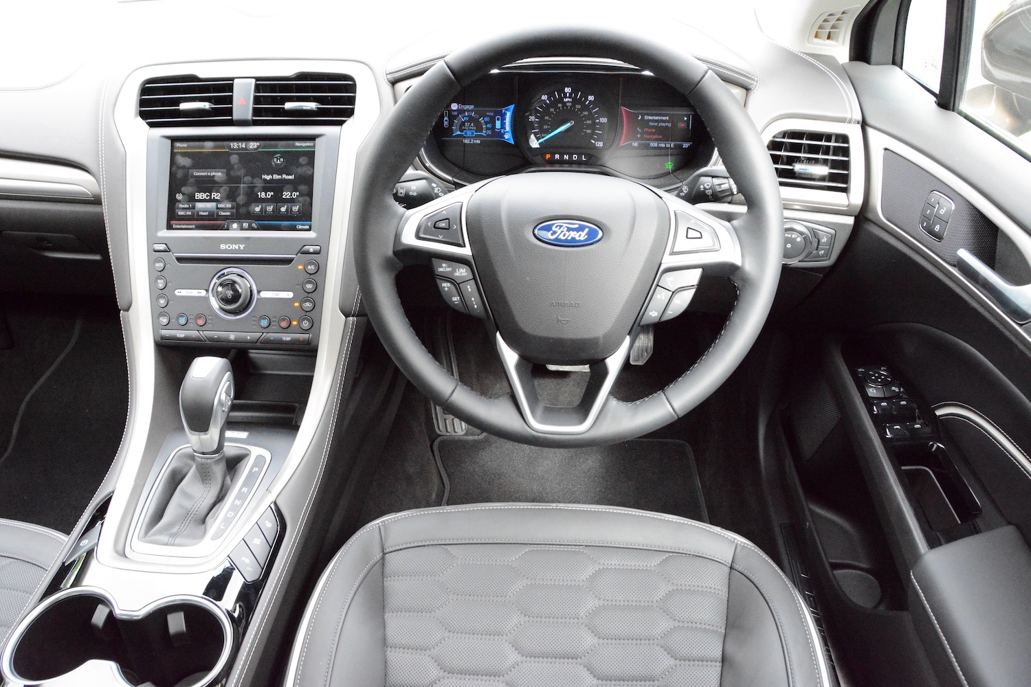 Commercial Vehicle Manufacturers Reviews Ford Mondeo Vignale Hybrid Review Greencarguide Co Uk