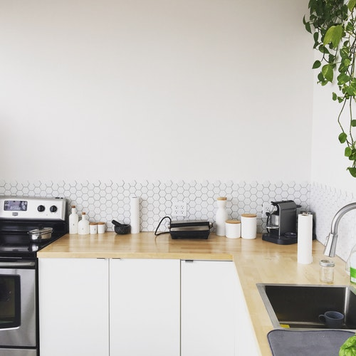 3 Reasons House Cleaning Should be Your Number One Priority -