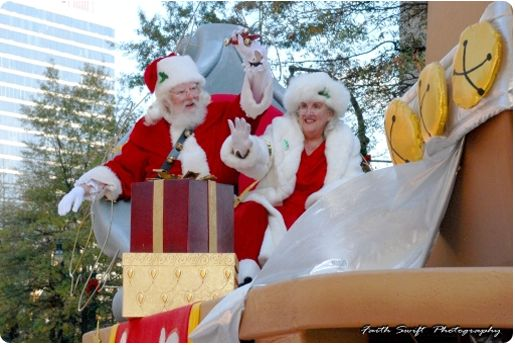Children's Christmas Parade Peachtree street Atlanta
