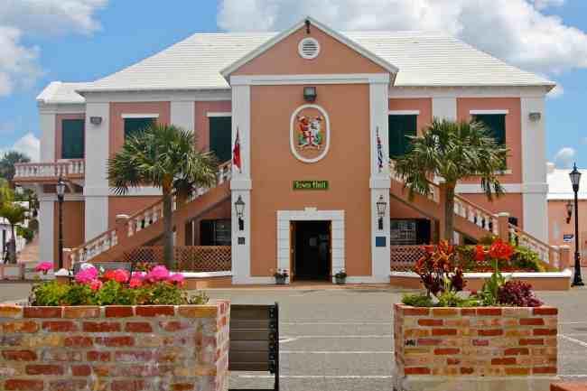 St_George_Town_Hall_Kings_Square_Bermuda