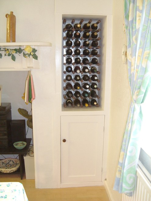 Wine rack & cupboard