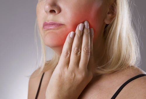 Periodontitis vs Gingivitis Know the Differences  Warning Signs