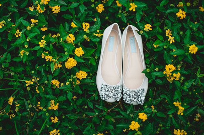 sparkly bow shoes