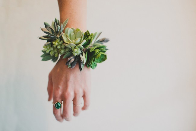 DIY_Succulent_Cuff_Featured