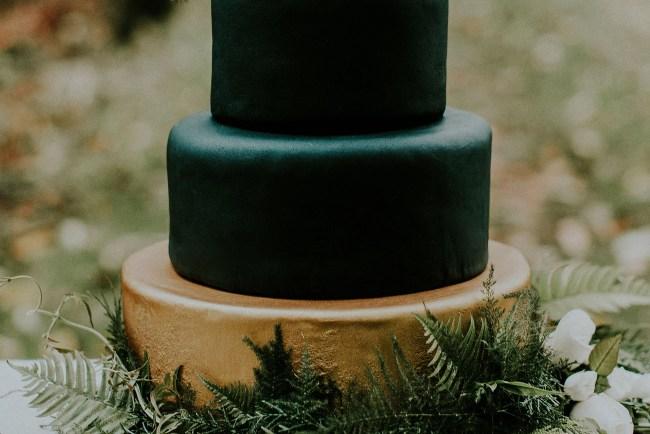 black fondant cake