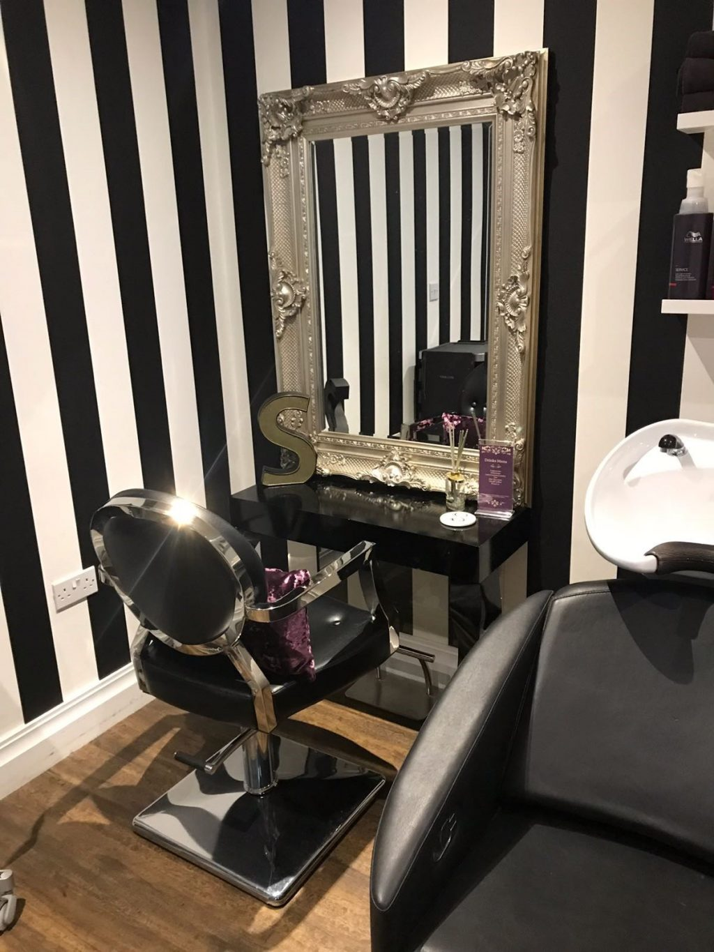 Hairdressing Salon The Strand Hair Salon Greenwoods Hotel Spa Stock Essex