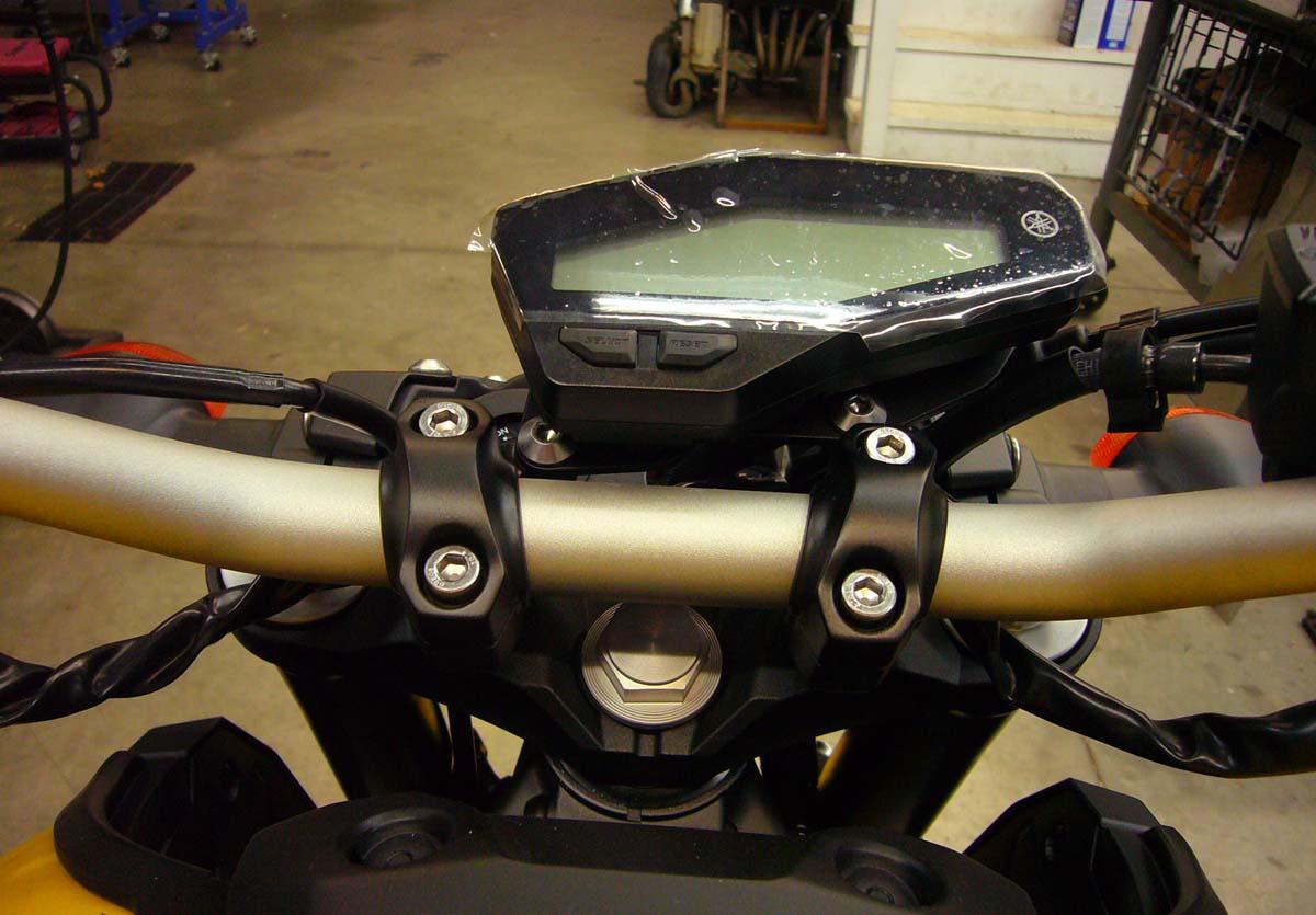 Yamaha Fz 09 Low Profile Gauge Bracket Greggs Customs