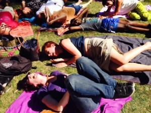 méditation du rire trocadéro 2016