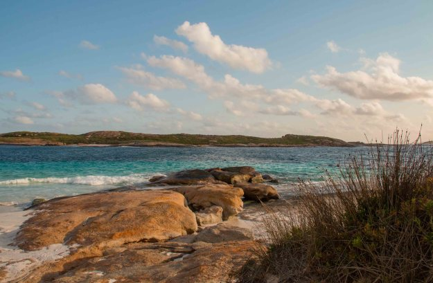Esperance coastline in late afternoon light (and blowing a gale)