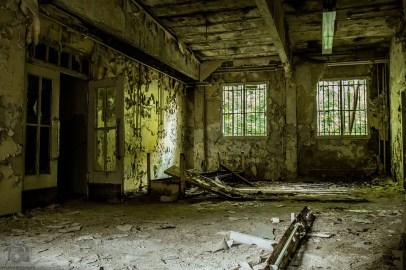 barracks-1203202_960_720