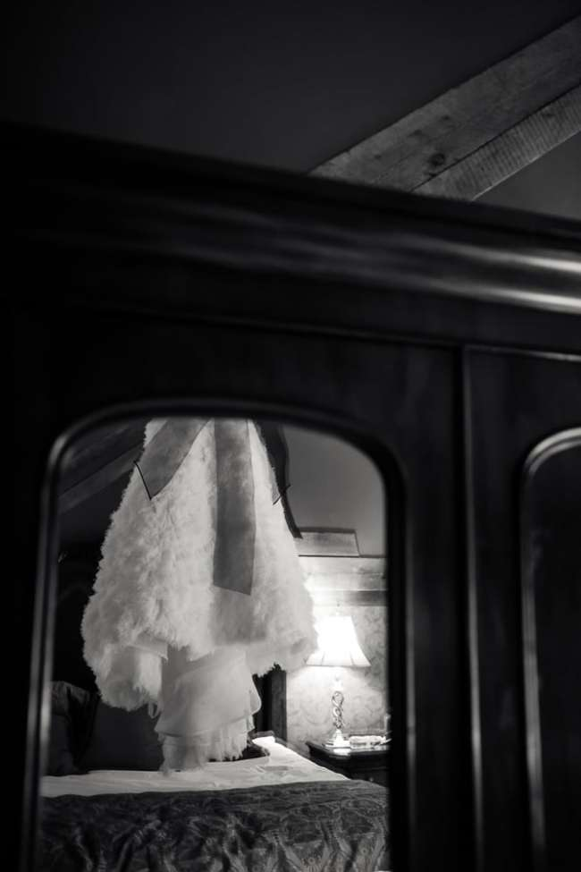 lace-factory-wedding-photos-deep-river-photography-heather-anthony-photos-greyhousestudios-featured-006
