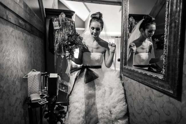 lace-factory-wedding-photos-deep-river-photography-heather-anthony-photos-greyhousestudios-featured-018
