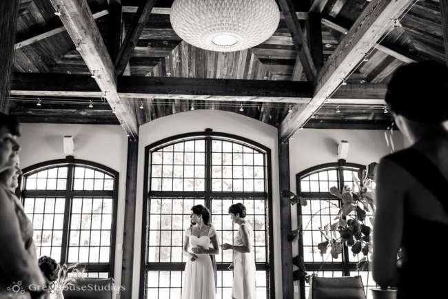 winvian-wedding-photos-morris-ct-litchfield-hills-photography-lauren-dan-greyhousestudios-010
