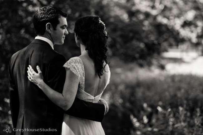 winvian-wedding-photos-morris-ct-litchfield-hills-photography-lauren-dan-greyhousestudios-025