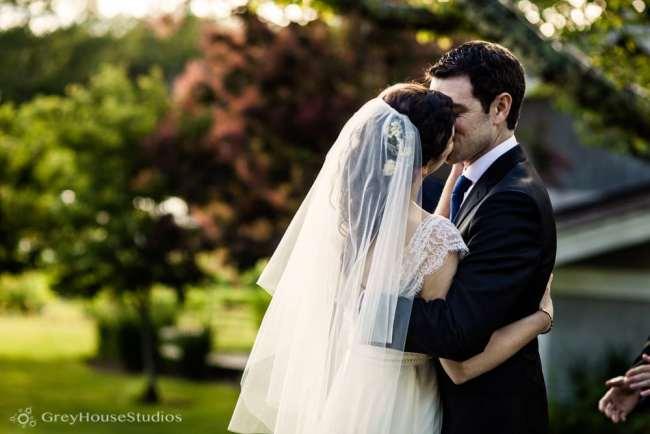 winvian-wedding-photos-morris-ct-litchfield-hills-photography-lauren-dan-greyhousestudios-050