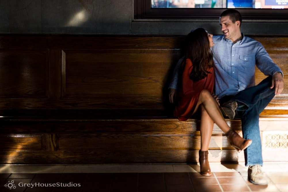 Salute-Bushnell-Park-hartford-Engagement-photos-Sarah-Ryan-greyhousestudios-003