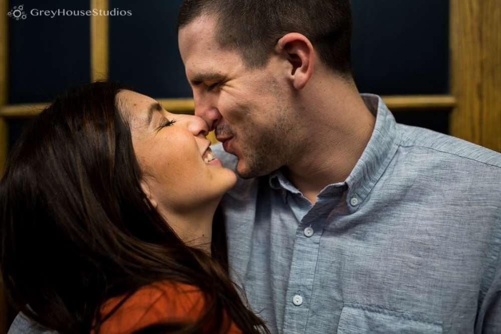 Salute-Bushnell-Park-hartford-Engagement-photos-Sarah-Ryan-greyhousestudios-004