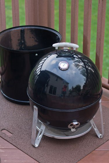 Using a Weber Smokey Mountain Smoker as a Tailgate charcoal grill - Grilling24x7.com